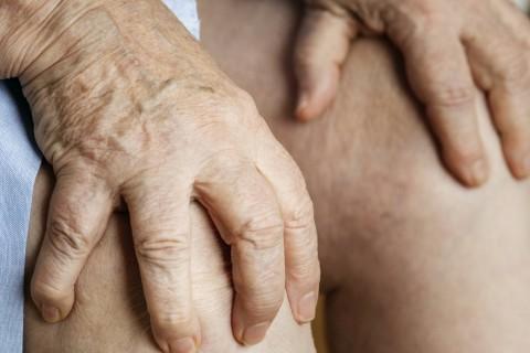 Consultatie+ osteodensiometrie+ infiltratii intraarticulare