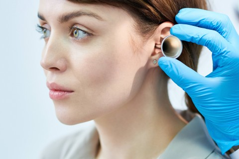 Consult + Extractie corpstrain auricular